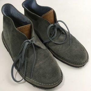 Clark's Herschel 10 Gray Suede Desert Boots